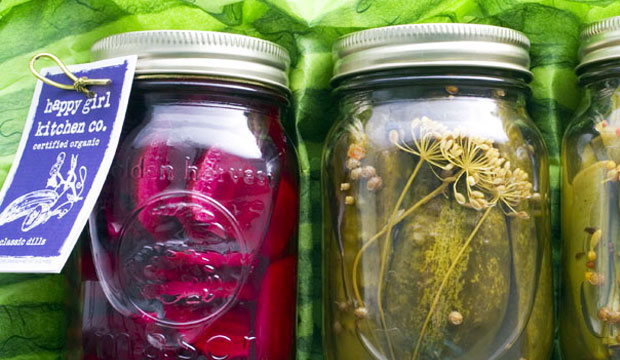 Goodlifer: Happy Girl Kitchen Co. Packs Mason Jars Full of Flavor