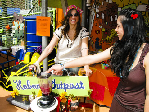 Habana Outpost: bike blender