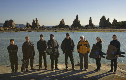 The OPS team: Unknown, Simon Hutchins, Expedition Director, Joseph Chisholm, Unit Production Manager, Charles Hambleton, Clandestine Operations, Louie Psihoyos, Director, Ric O'Barry, Mandy-Rae Cruickshank & Kirk Krack, freedivers.
