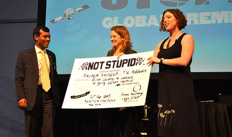 "Franny Armstrong & Lizzie Gillett presenting President Nasheed of the Maldives with a ""Not Stupid"" certificate for committing to be the first country to go carbon neutral."