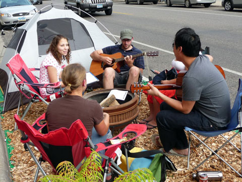 PARK(ing) Day Twin Cities. Photo by Solutions Twin Cities, Creative Commons.