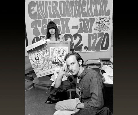 Denis Hayes (seated) ran the small activist group co-founded by Senator Gaylor Nelson. The teach-in was designed to educate Americans about growing problems with environmental pollution and overpopulation.