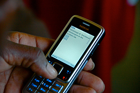 In Kenya health workers are using mHealth programs to track and contain outbreaks of disease, manage vaccine and medical supplies, and monitor childhood immunization campaigns. Photo via DataDyne.org.