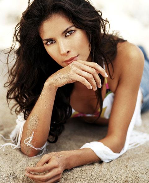 The Wayúu Tayá Foundation was started by model and actress Patricia Velásquez, herself a Wayúu.