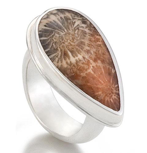 Good Stuff: Kirsten Muenster Fossil Series Ring