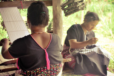 Duong realized that by helping rural artisans gain exposure to new markets they are able to work for a fair wage, preserve a traditional craft and be self-sustainable.