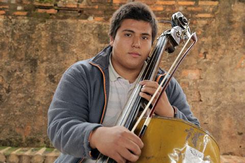 Goodlifer: Landfill Harmonic - Creating Beautiful Music on Instruments Made From Trash