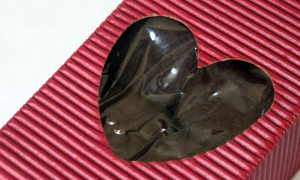 Raw, Vegan Chocolate Love for Valentine&#039;s
