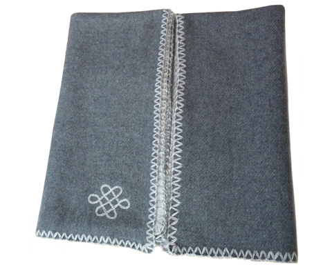 Fibre Tibet Reversible Cashmere Throw