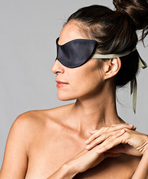 Good Stuff: For Your Valentine: Averti blindfold