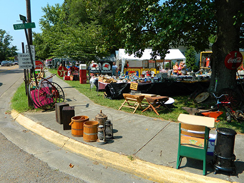 Goodlifer: The World's Longest Yard Sale Spans 6 States & Starts Today